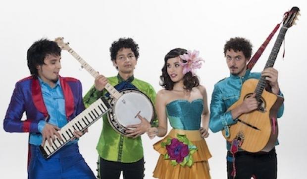 Te presentamos a Monsieur Periné, la banda colombiana que es furor y esta conquistando a todos con su nuevo ritmo